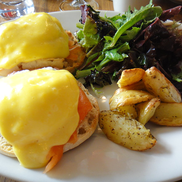 Smoked Salmon Eggs Benedict - Lallisse Mediterranean Wine & Food, New York, NY
