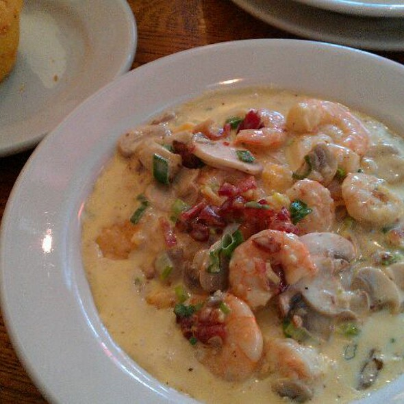 Shrimp and Grits - Wishbone - Lincoln, Chicago, IL
