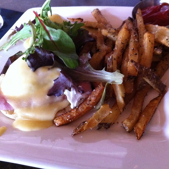 Eggs Benedict - Holland House Bar & Refuge, Nashville, TN