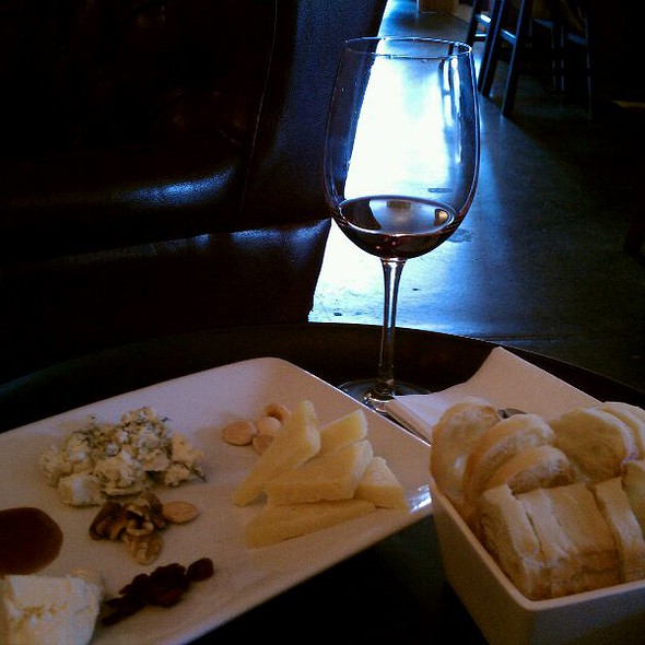 Cheese Plate - A Grape in the Fog, Pacifica, CA