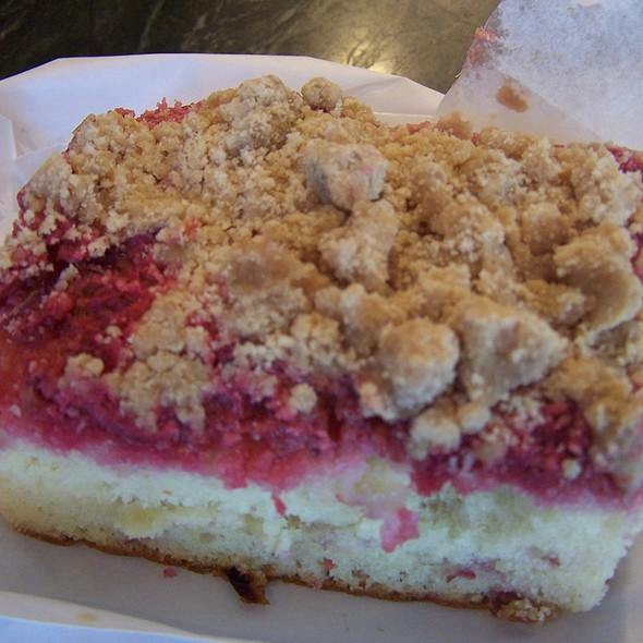 Raspberry Pound Cake Starbucks