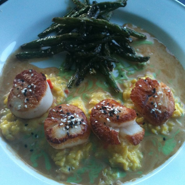 Pan Seared Scallops  - Chart House Restaurant - Savannah, Savannah, GA