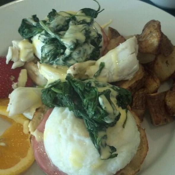 Eggs Benedict Florentine - Johnny's Cafe, Margate, NJ