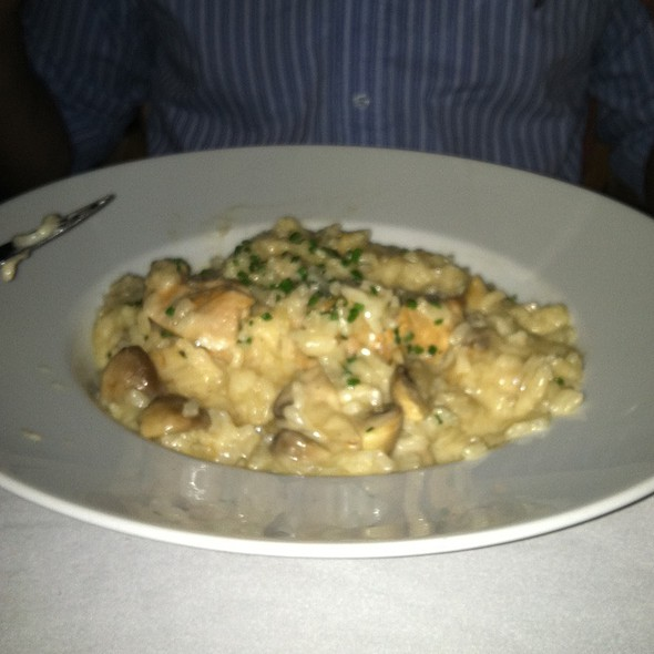 Chicken And Wild Mushroom Rissoto - Cafe La Cave, Des Plaines, IL