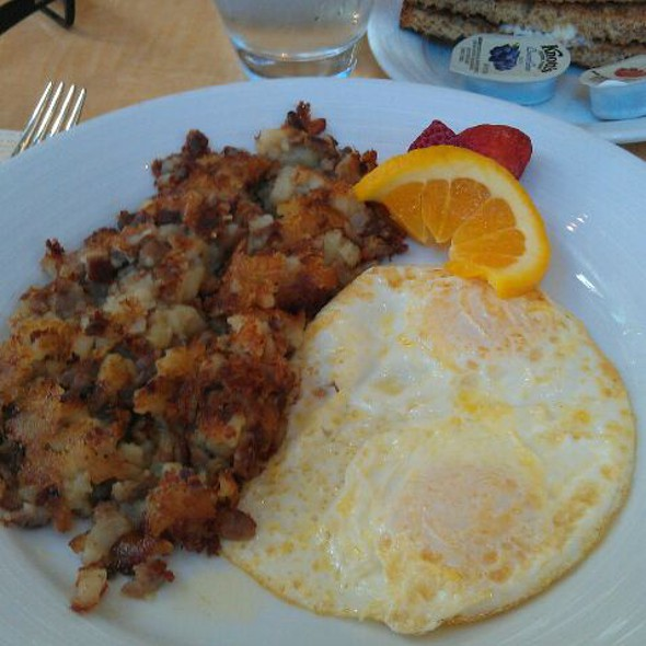 prime rib hash - POM - Fantasy Springs Resort & Casino, Indio, CA
