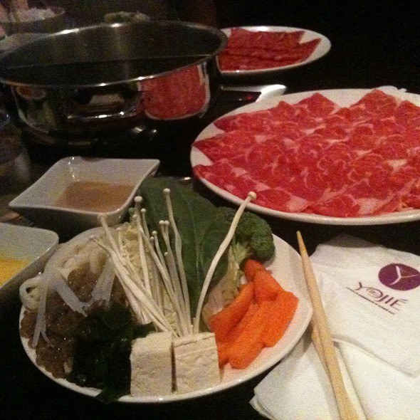 Sukiyaki - Yojie Japanese Fondue and Sake Bar, Los Angeles, CA