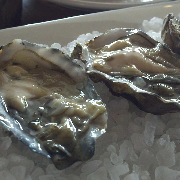 Morro Bay Oysters - Lido Restaurant @ Dolphin Bay Resort & Spa, Pismo Beach, CA