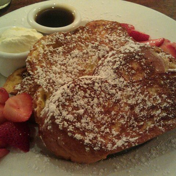 French Toast With Strawberries - Sarabeth's West, New York, NY
