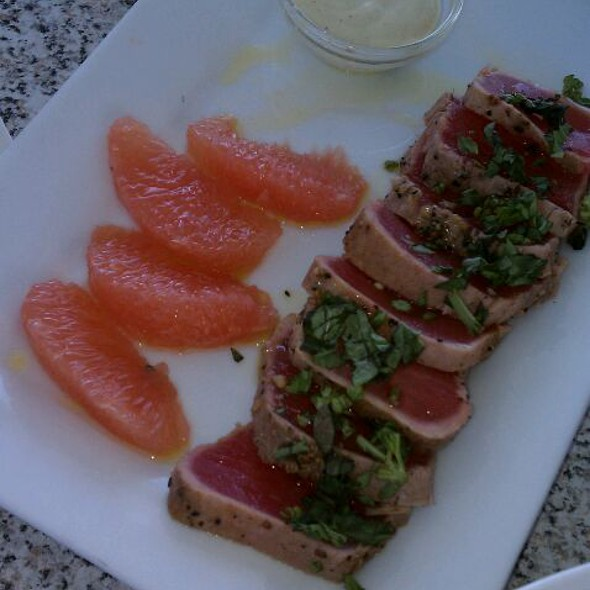 Seared Ahi Tuna - Bon Appetit, Dunedin, FL