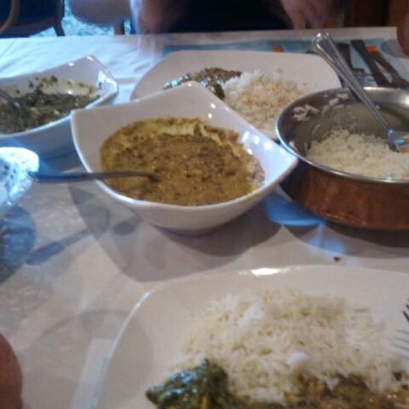 Dal Makhni and Palak Lander with Naan and basmati rice - Rajput Indian Cuisine - Norfolk, Norfolk, VA