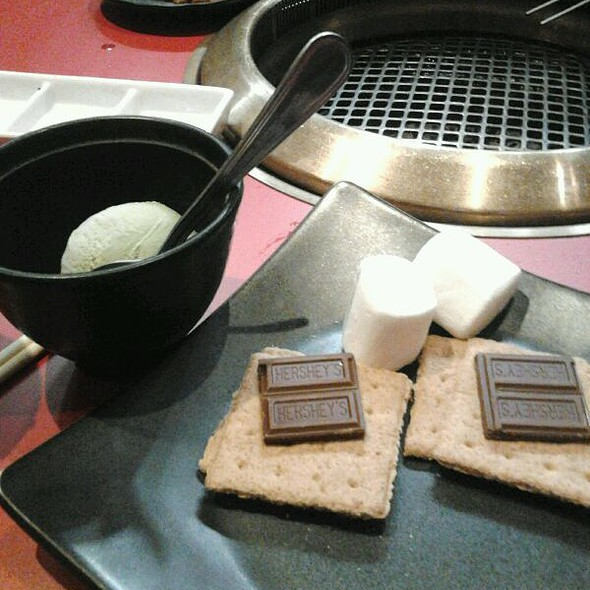 Green Tea Ice Cream And S'mores - Gyu-Kaku - Pasadena, Pasadena, CA