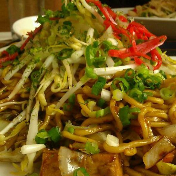 Yasai Yakisoba - Boom Noodle, Seattle, WA