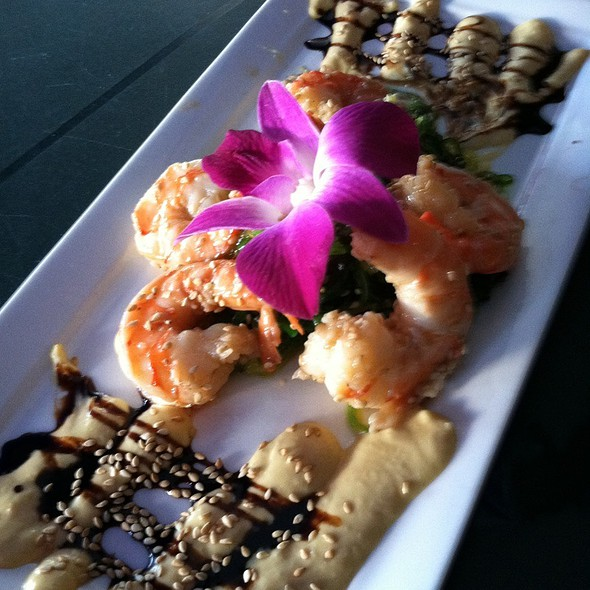 Sesame Crusted Shrimp W Wakame Seaweed - Labrador Lounge, Normandy Beach, NJ