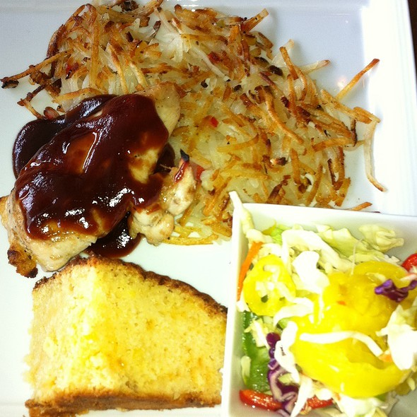 Grilled Bbq Chicken W/ Hashbrowns O'brien & Pepper Slaw - Triangle Grille, Lexington, KY