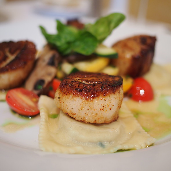 Pan Seared Day Boat Scallops - West End Cafe, Carle Place, NY