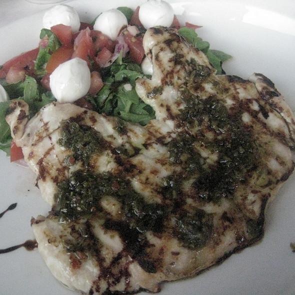 Paillard di Pollo al Palio (grilled chicken / Italian food) - Buona Terra, Chicago, IL