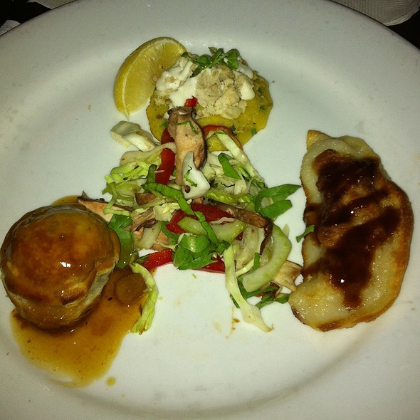 The Trio: Mini Beef Wellington, Trout Salad On A Corn Cake, Shrimp Dumpling - Herbie's, St. Louis, MO