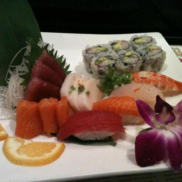 Sushi & Sashimi Special - Hana Japanese Steakhouse, Albany, NY