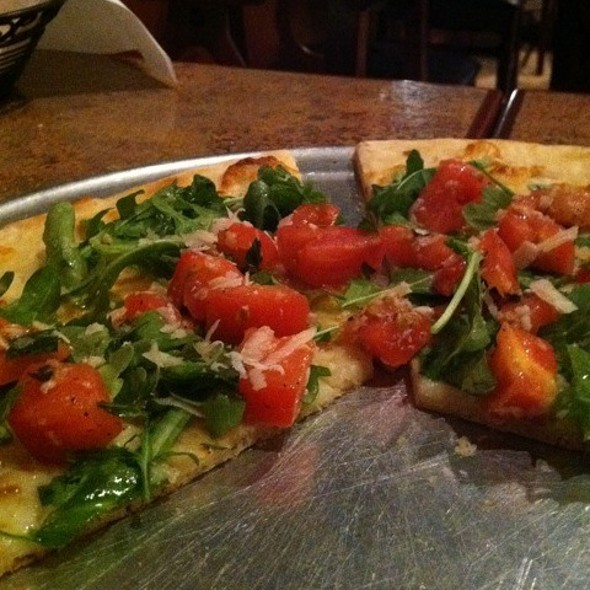 Arugula And Tomato Pizza - NEW CORNER Italian Restaurant and Pizzeria, Red Bank, NJ