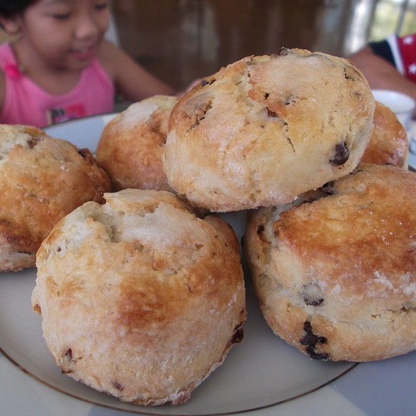 Scones - The Veranda at the Kahala Resort, Honolulu, HI