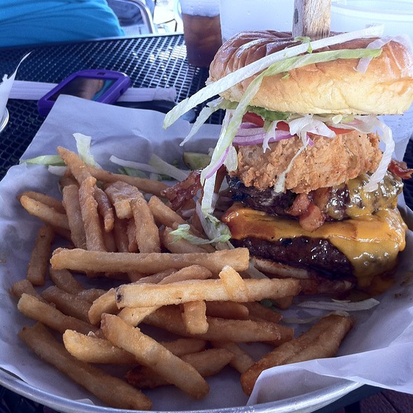 Grizzly Burger - McCray's Tavern on the Square, Lawrenceville, GA
