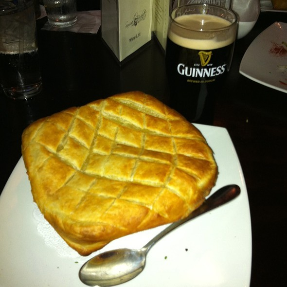 Dingle Pie  - Samuel Beckett's Irish Gastro Pub, Arlington, VA