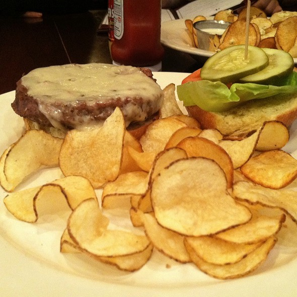Five Dollar Burger - Harry Browne's, Annapolis, MD