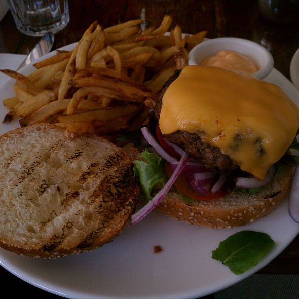 Cheeseburger - Esperanto Restaurant, New York, NY