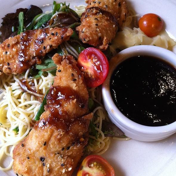 Sesame Seared Chicken - Simon Pearce Restaurant, Quechee, VT