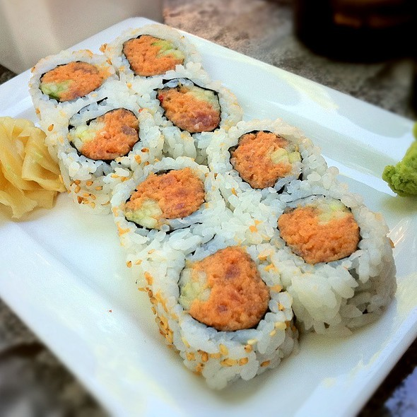 Spicy Tuna Roll - Kona Grill - Dallas, Dallas, TX