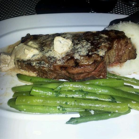 Steak - James Hoban's Irish Restaurant, Washington, DC