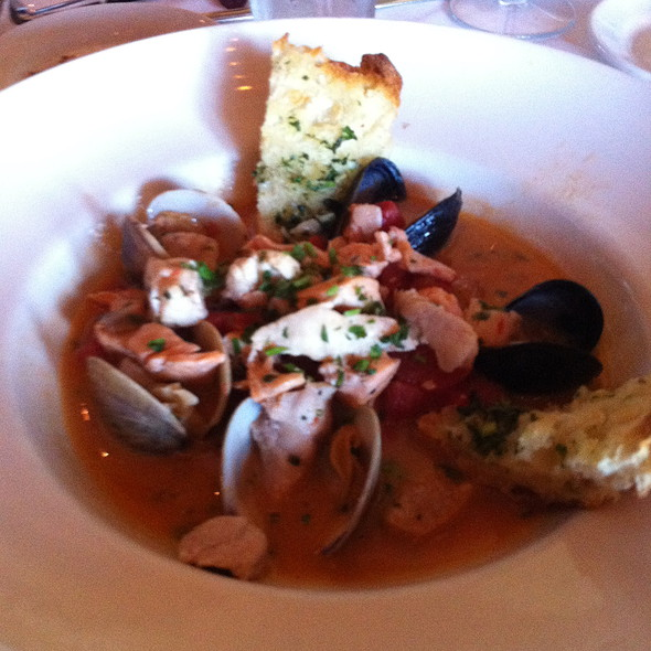 Cioppino - Il Fornaio - Walnut Creek, Walnut Creek, CA