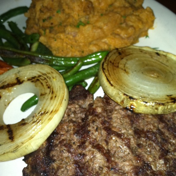 Chopped Steak - Bracco World Cafe & Island Bar, Sioux Falls, SD