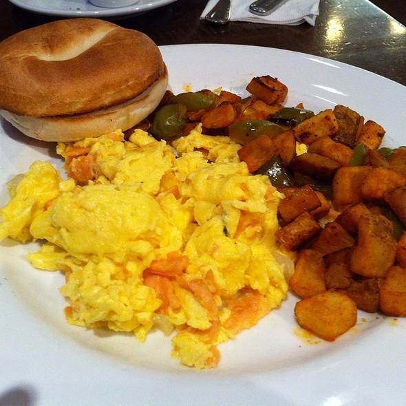 Scrambled Eggs & Lox with Home Fried Potatoes & Bagel - Giovanni Pastrami, Honolulu, HI