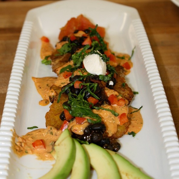 Tostones Nachos - The Heritage Restaurant, Grand Rapids, MI