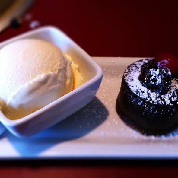 Chocolate Volcano Cake - Gyu-Kaku - Tustin, Tustin, CA
