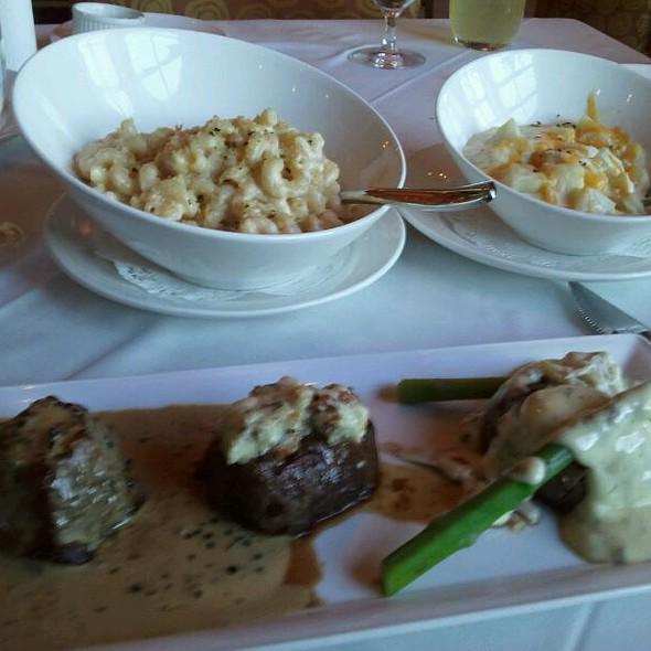 Filet Medallions - Eddie Merlot's - Cincinnati, Cincinnati, OH