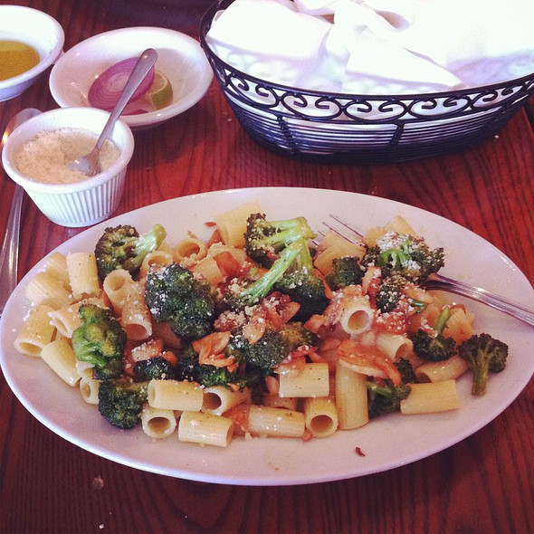 Rigatoni with Broccoli - Butera's Restaurant of Smithtown, Smithtown, NY