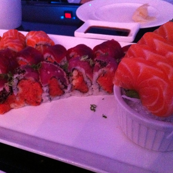 Salmon Sashimi, Beauty Alaska, Tom And Crazy Tuna Rolls - Nisen Sushi - Commack, Commack, NY