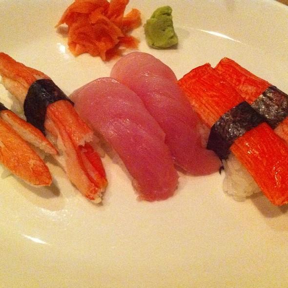 Nigiri Sushi - Sushi Zushi - Lincoln Heights, San Antonio, TX