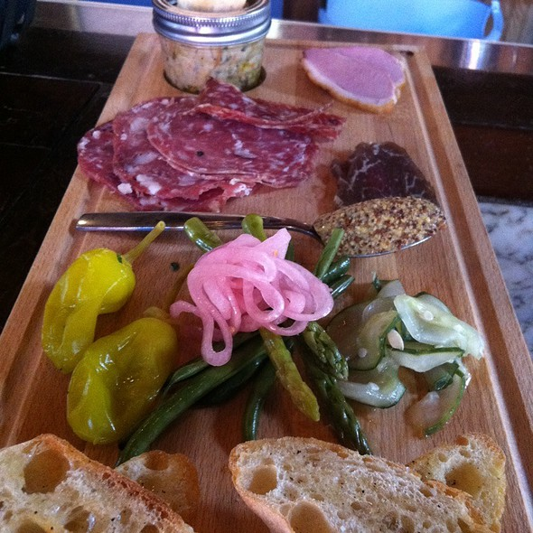 charcuterie - The Happy Gnome, Saint Paul, MN