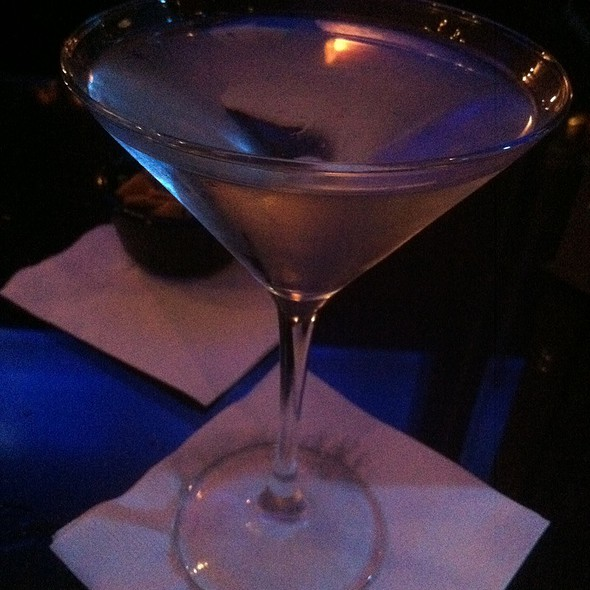 Belvedere Vodka Martini - The Round Table at the Algonquin Hotel, New York, NY