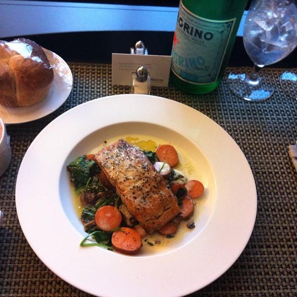 Salmon - Trademark Drink + Eat, Alexandria, VA