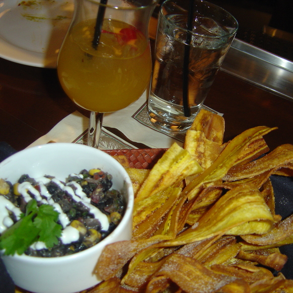 Plantain Chips & Black Bean Dip - Tommy Bahama Restaurant & Bar - Las Vegas, Las Vegas, NV
