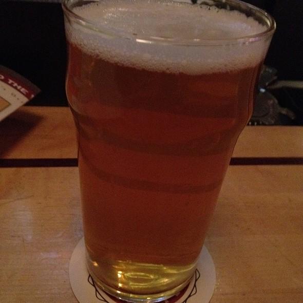 Indian Peaks Pale Ale - Walnut Brewery, Boulder, CO