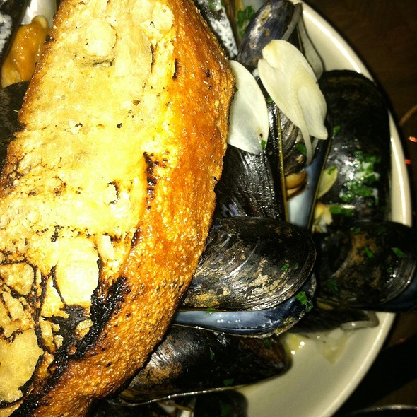Mussels - Public Kitchen and Bar, Hollywood, CA